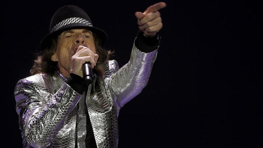 """Mick Jagger no escribirá su autobiografía por ser """"aburrido"""""""