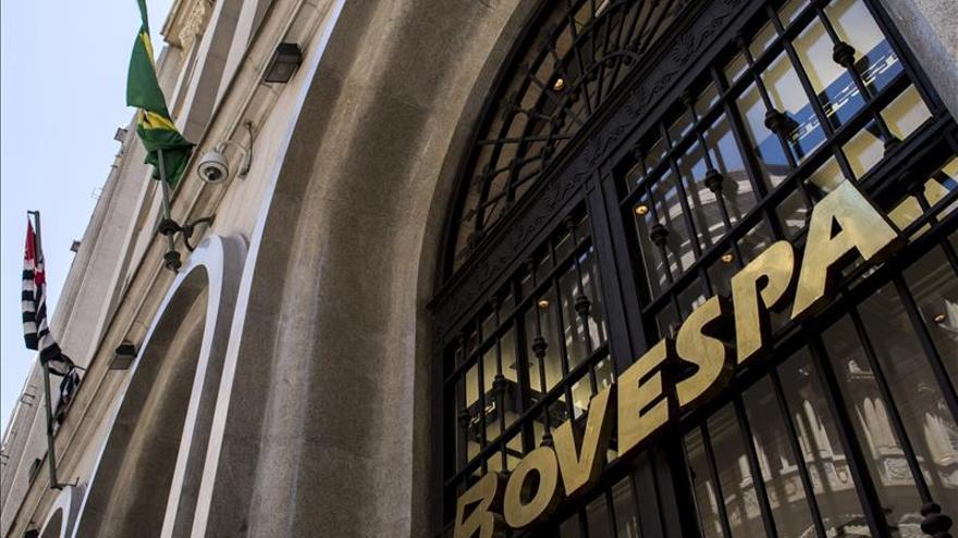 La Bolsa de Sao Paulo abre a la baja por temor a la subida de tipos en EEUU