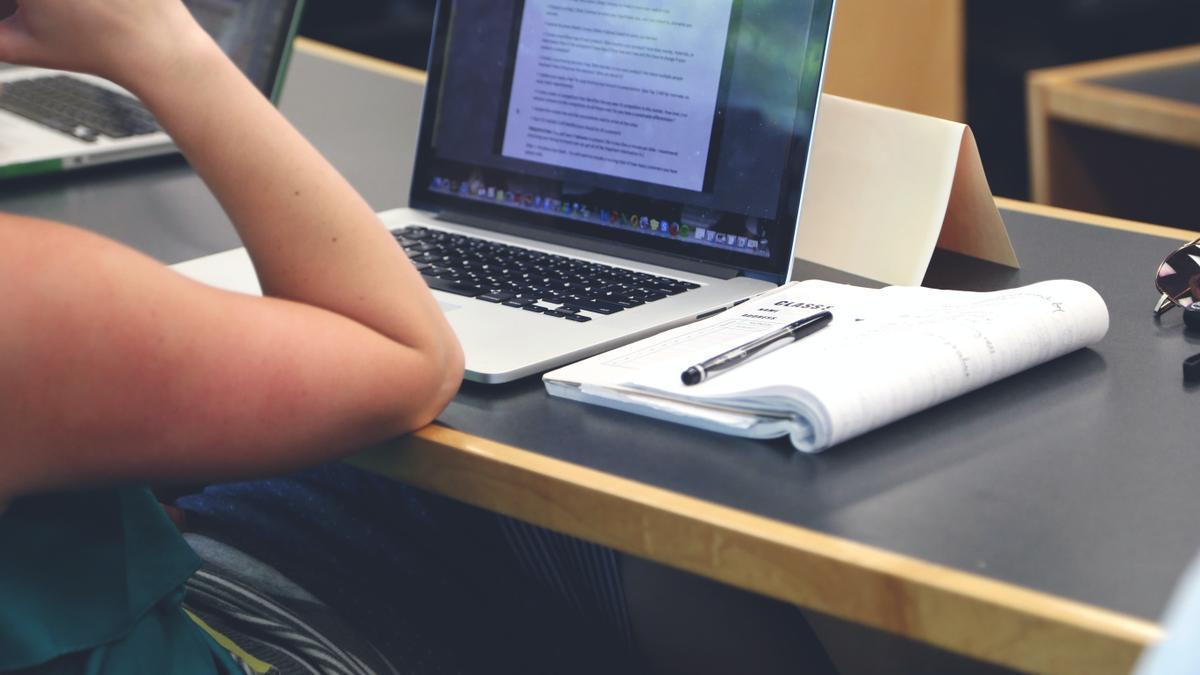 Una estudiante.