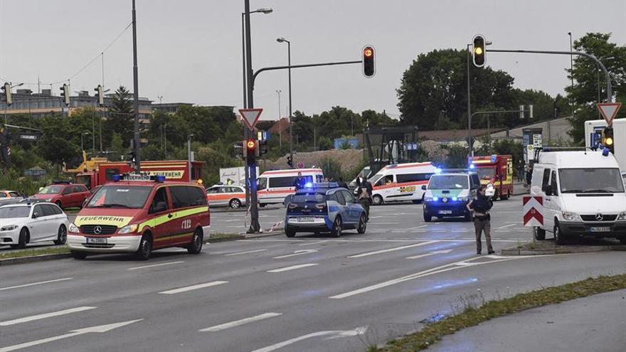 """Obama ofrece a Alemania """"toda la ayuda"""" que pueda ser necesaria tras el tiroteo"""