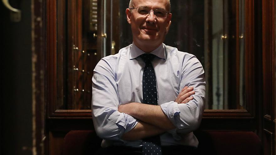 Narciso Michavila, en el ascensor que conduce a las oficinas de Gad3