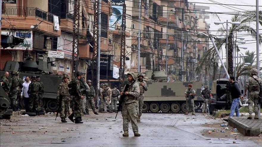Un muerto y cuatro heridos en choques en la ciudad libanesa de Trípoli