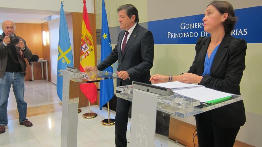 Presidente asturiano defiende a su consejera de Bienestar Social y niega presiones para que dimitiera