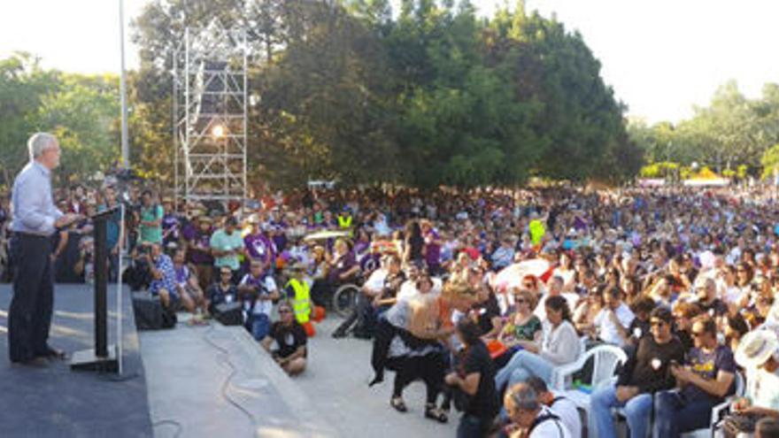 Acto de la coalición A la Valenciana en el parque de Lo Morant en Alicante.