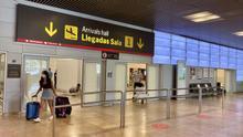 Los expertos coinciden en que hacer PCR en los aeropuertos es inútil