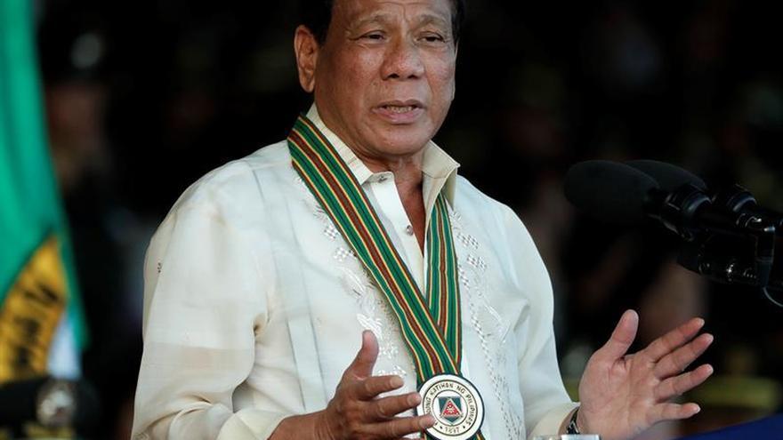 El presidente filipino apuesta por armar a civiles para combatir a los yihadistas