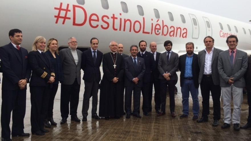 """Bautizado el avión que promocionará el Año Jubilar Lebaniego por España y """"toda Europa"""""""