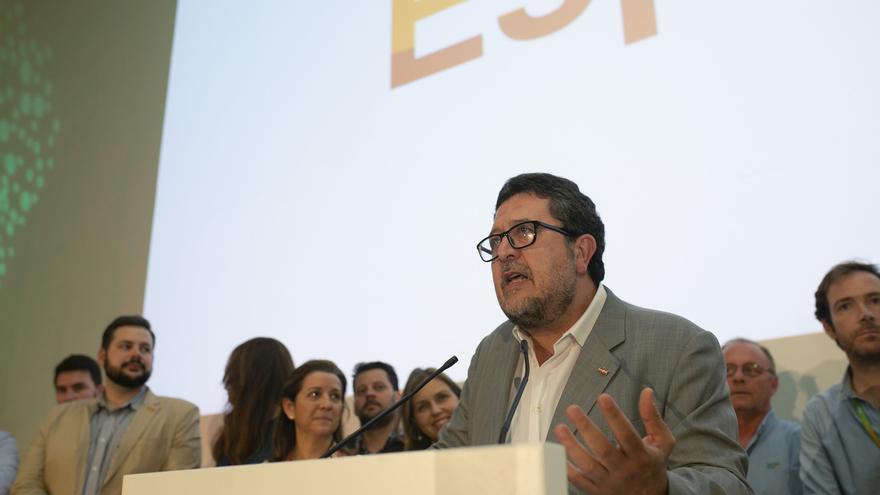 """Serrano avisa de que Vox no será llave de gobierno en ayuntamientos """"a cambio de nada"""""""