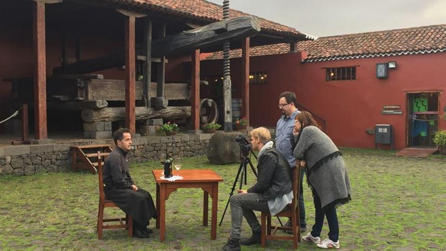 La televisión húngara OzoneNetwork graba un reportaje sobre los atractivos de Tenerife