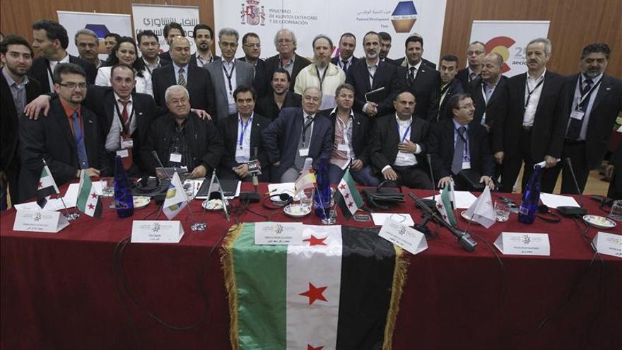 La UE permite a los bancos europeos canalizar fondos para la oposición siria