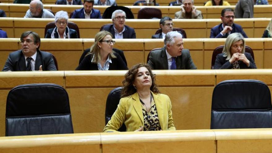 El PP tumba en el Senado la senda de déficit socialista, rechazada dos veces