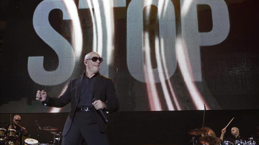 Cantante de origen cubano Pitbull repite al frente de la FOX en Nochevieja