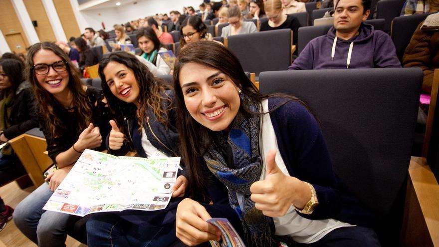 BBK, Kutxa y Vital abren la inscripción de las becas Erasmus, gestionadas por Kutxabank