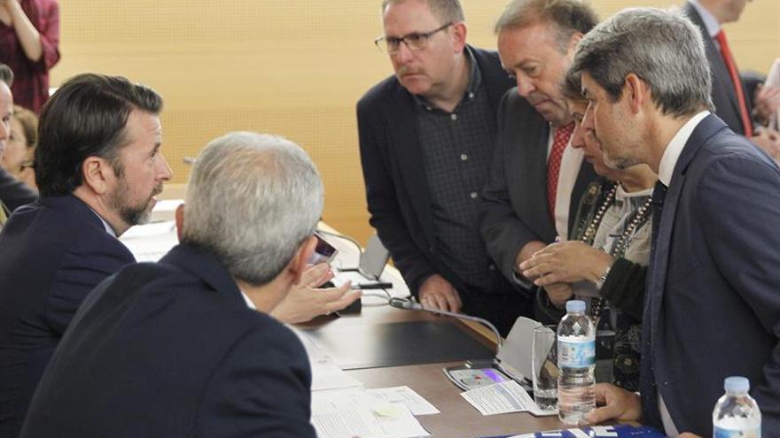 Momento del pleno del Cabildo de Tenerife celebrado este viernes