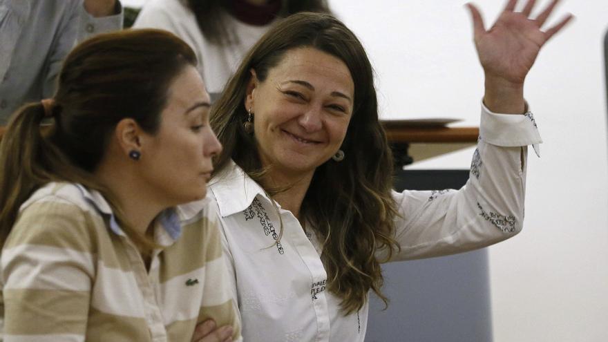 Beatriz Arceredillo tras ser elegida alcaldesa de Parla el pasado 14 de noviembre de 2014/ EFE