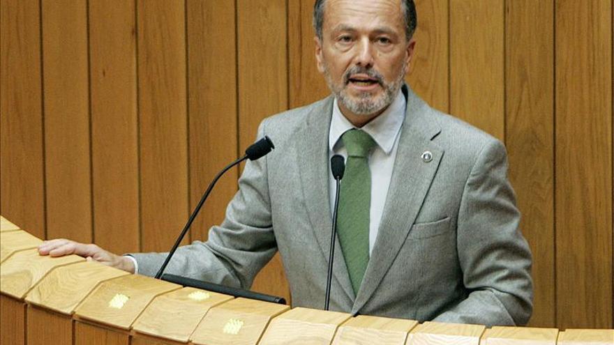 La Xunta mantendrá políticas que permitan mejorar las conexiones aeroportuarias