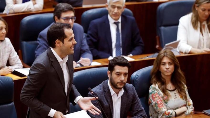 """Aguado insta a Rajoy a tomar """"ahora"""" una decisión sobre Cifuentes"""