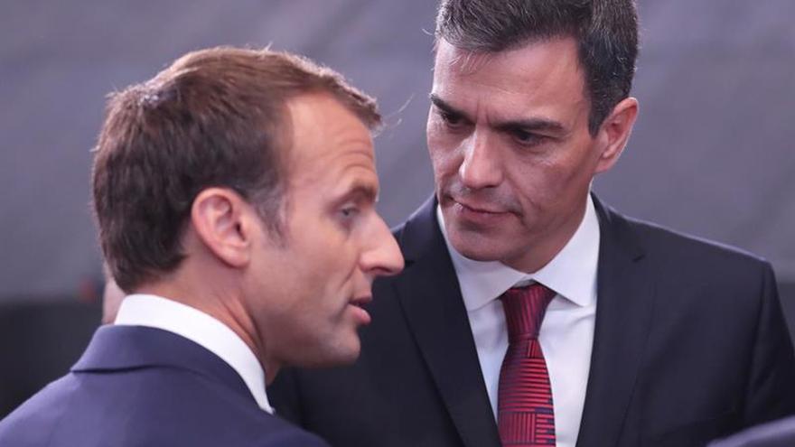 Sánchez analizará hoy con Macron los retos de la UE en su primera visita a España