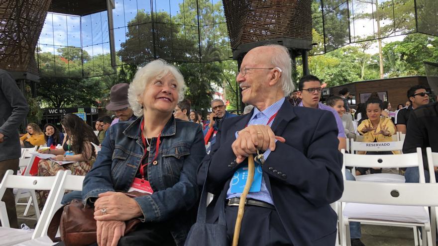 Mónica González y Javier Darío Restrepo durante el festival Gabo en 2018.