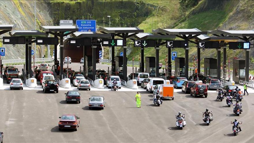 El tráfico en las autopistas de peaje retrocede a niveles de hace quince años