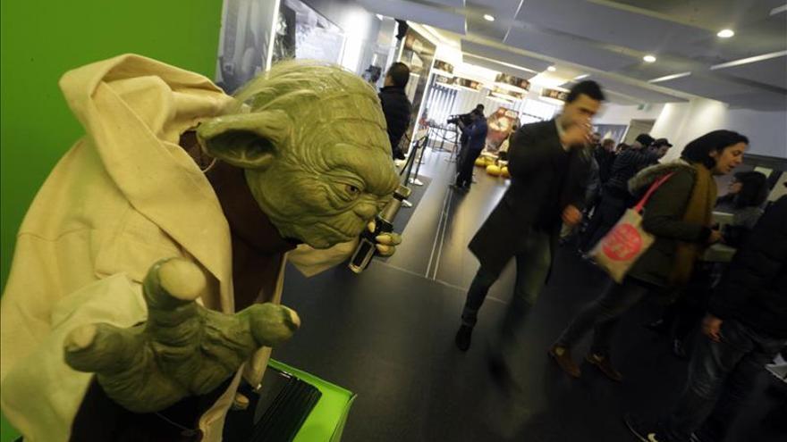 Una exposición reúne en Madrid las figuras originales de Star Wars