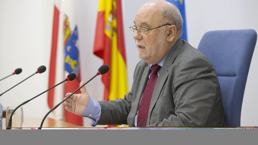 """Sota destaca que el crecimiento de Cantabria """"supera las previsiones"""" de los centros de predicción económica"""