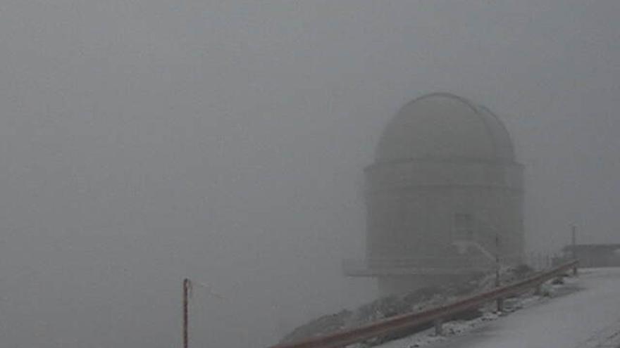 En la imagen, en la mañana de este jueves, el Telescopio Óptico Nórdico.