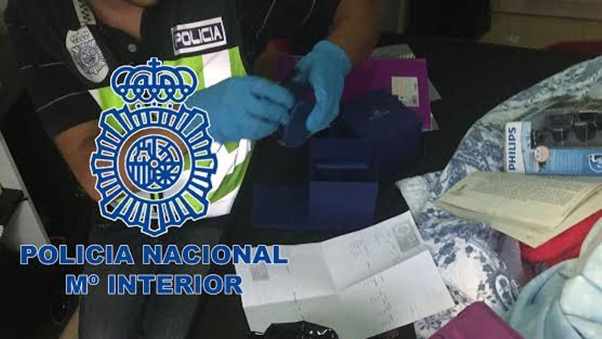Intervención policial contra la trata de seres humanos.