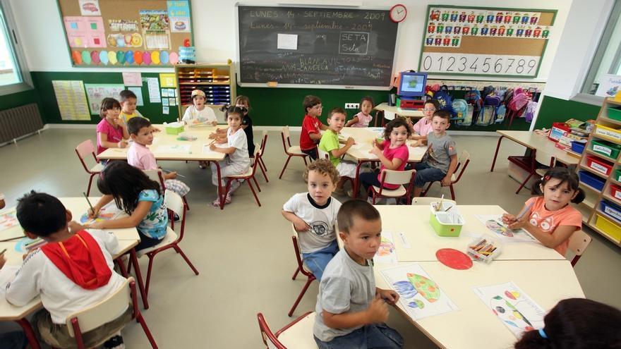 Educación convoca el 7 de junio la mesa sectorial para aprobar el nuevo calendario escolar
