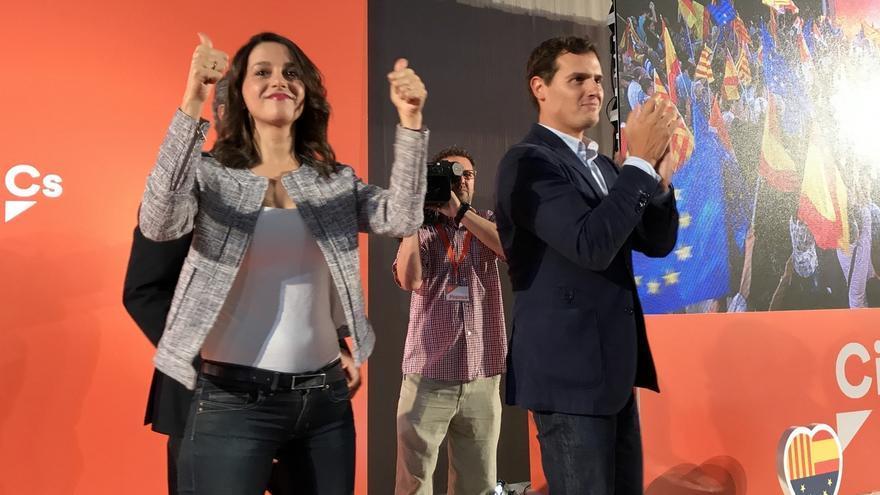 """Arrimadas (Cs): """"La CUP no tiene que buscar candidato porque Puigdemont es el más cupero"""""""