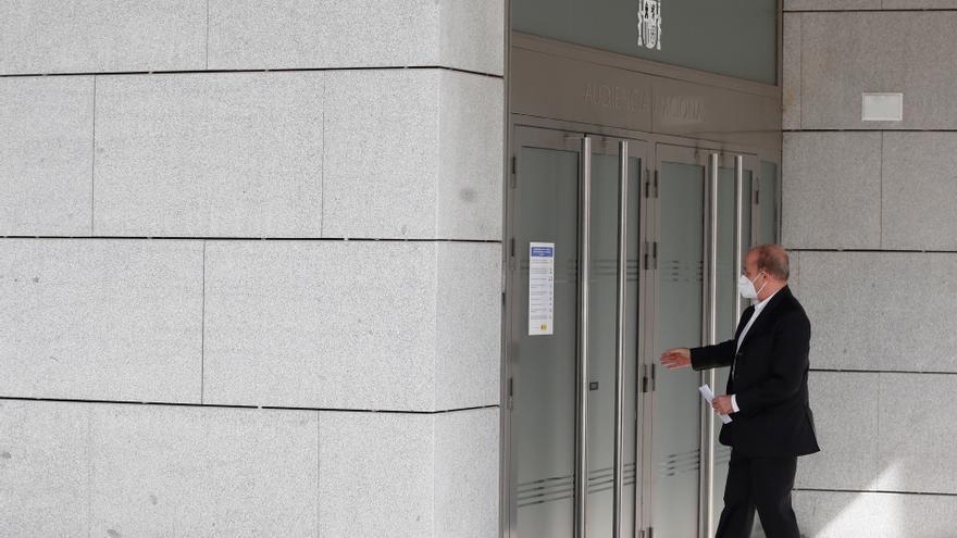 El exministro Sebastián pide que vuelva a declarar el exjefe de seguridad del BBVA