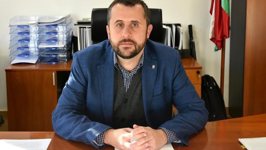Alberto Alonso, en su despacho en la sede de Osalan.Foto:Osalan