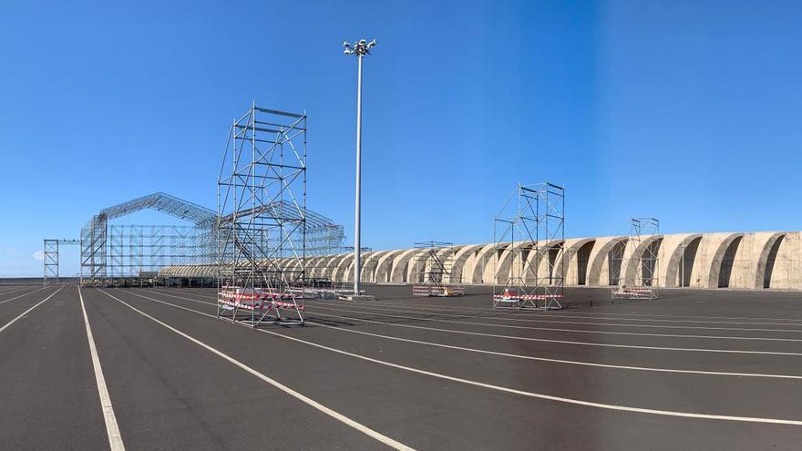 En la explanada que se abre entre los dos diques principales del Puerto se ubicará el recinto del macroconcierto.