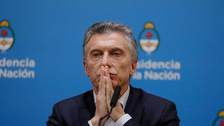 Macri promete medidas económicas y piensa revertir la derrota electoral
