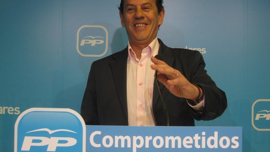 """El PP dice que Pedro Sánchez acabará """"empequeñeciendo al PSOE"""" si se ocupa del 'pequeño Nicolás' y no de los españoles"""