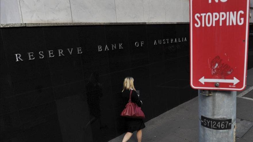 Australia rebaja los tipos de interés al 2,25 por ciento, el mínimo histórico