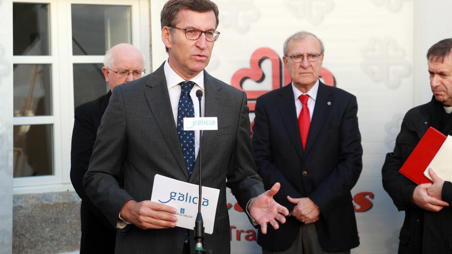El presidente Feijóo esta semana en un acto de Cáritas en Santiago
