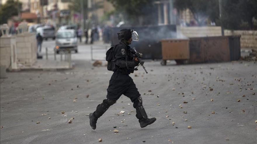 Mujer palestina herida en un supuesto intento de atropello en Cisjordania