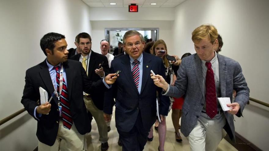 Crecen apoyos en el Senado de EE.UU. para ampliar la sanciones a Irán pese al proceso 5+1