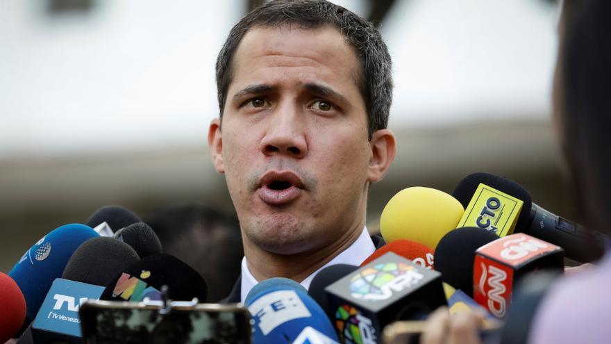 """Guaidó rechaza """"ley antibloqueo"""" y acusa a Maduro de querer """"saquear"""" el país"""