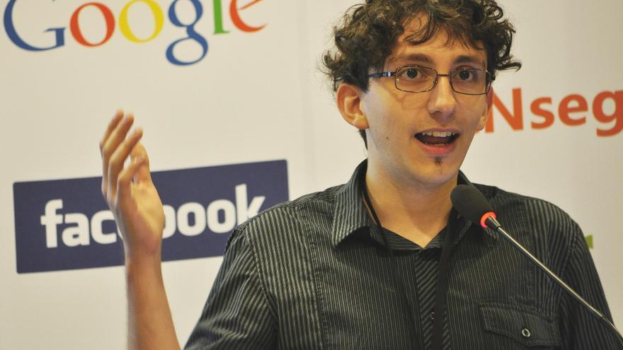 Nadim Kobeissi, creador de Cryptocat, en la RightsCon Rio 2012