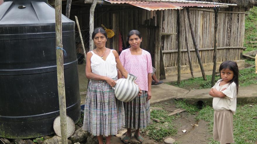 La mayor parte de las comunidades no dispone de suministro de agua, la recogen en tanques o depósitos | Alianza por la Solidaridad