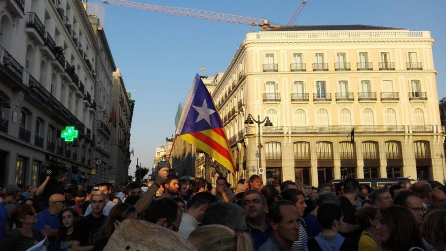 Madrid acogerá este domingo una concentración en contra del referéndum en la Plaza Mayor y otra a favor en Sol