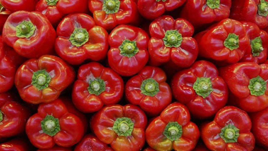 vitamina c tomate y naranja