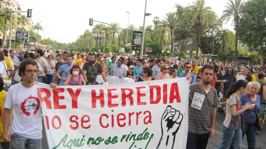 Manifestación contra el desalojo del centro social Rey Heredia en Córdoba.