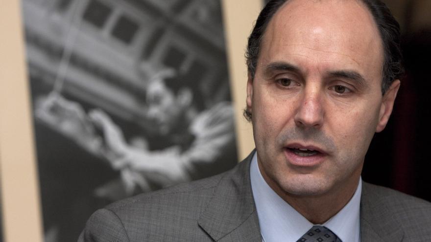 """Presidente Cantabria defiende la contabilidad y afirma que """"ese tipo de libretas se han podido rellenar antes de ayer"""""""