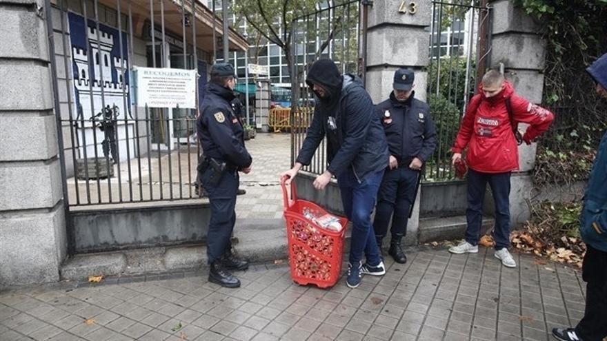 La Policía vuelve a desalojar a los okupas de Hogar Social Madrid y detiene a dos personas