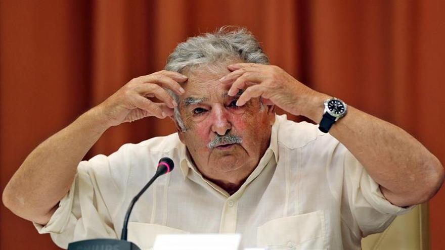 """Mujica considera que el sistema político brasileño """"está francamente enfermo"""""""