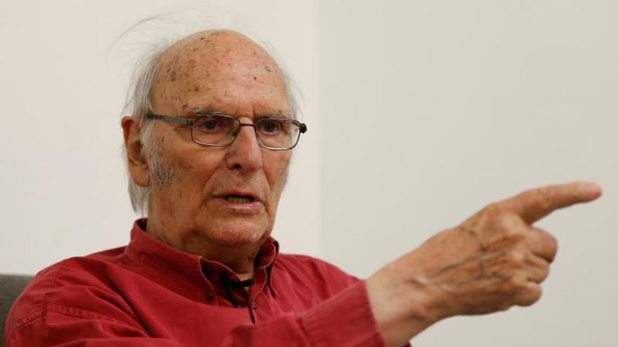 El director español Carlos Saura.