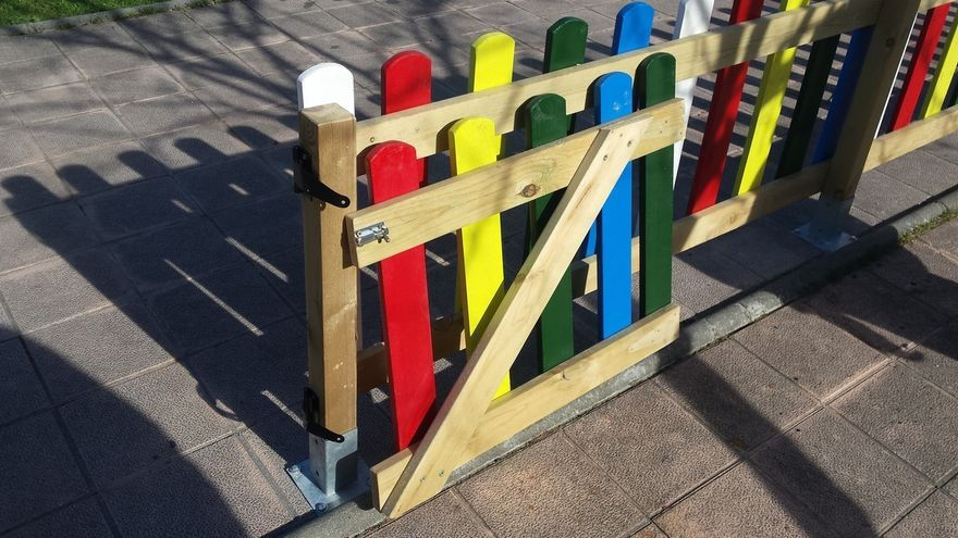 El Ayuntamiento denuncia destrozos en parques infantiles recién rehabilitados
